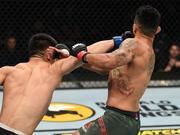 UFC239宋亚东KO豪取4连胜