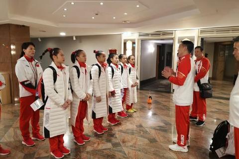 体操世锦赛中国女队赛台训练