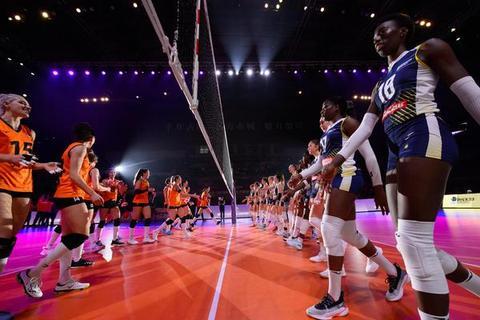 女排世俱杯科内利亚诺夺历史首冠