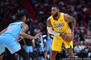 [NBA常规赛]湖人113-110热火