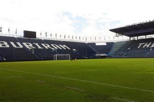武里南体育场全景一览