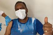 巴西球王贝利接种中国研制新冠疫苗