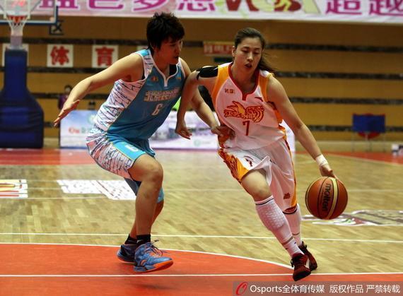 江苏67-54胜北京