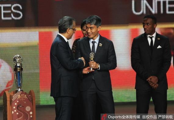 郑智落第亚洲足球老师