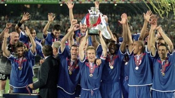 2000年欧洲杯法国金球绝杀意大利夺冠