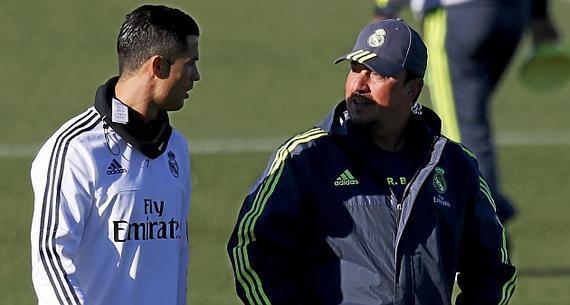 《马卡报》:皇马球员与贝尼特斯的联系,极大弛缓了。
