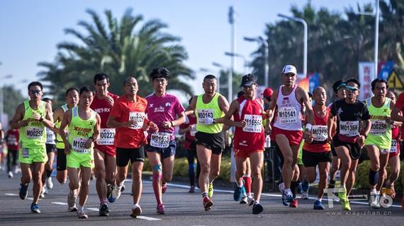 马拉松因不受时间、地点限制,成为全民健身最好载体。
