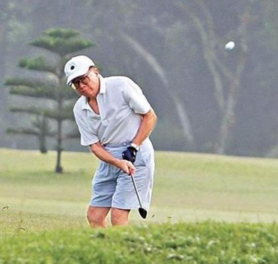 李嘉诚非常热爱高尔夫运动