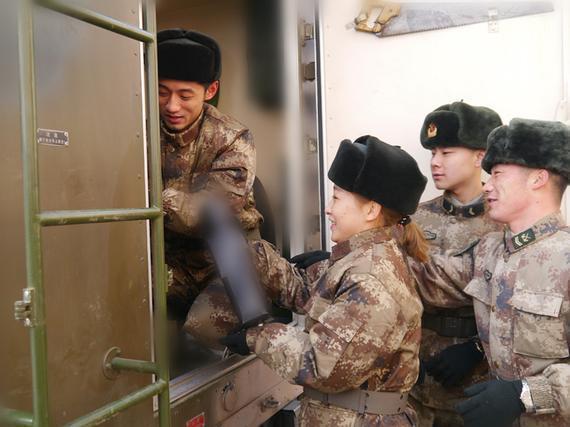 刘诗雯与张继科合作