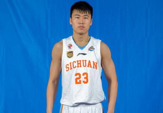 本赛季是贾诚效力四川的第三个赛季