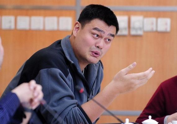 姚明在提案中列举了目前国内场馆运营方面的一些问题