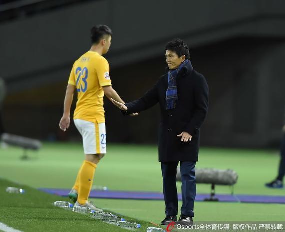 东京FC队主帅城福浩