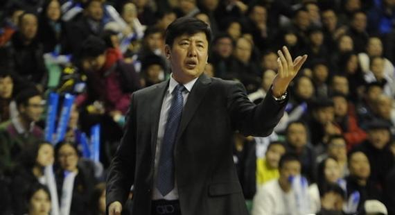丁伟上赛季执教浙江队