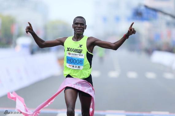 跑步冠军图片素材