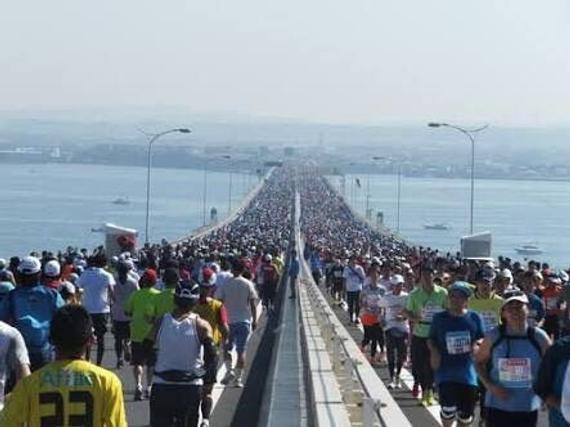一场马拉松如何创收近千亿元