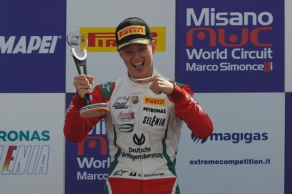 米克-舒马赫首夺意大利F4分站赛冠军