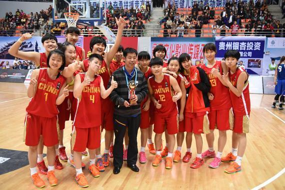 参加亚特拉斯赛的中国国青女篮