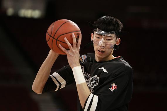 空白举牌照图片素材篮球明星