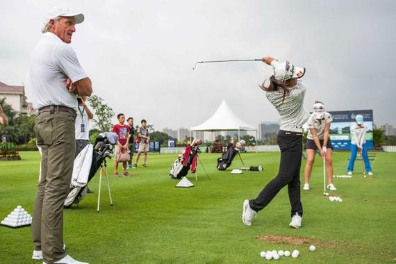 2013年,诺曼被任命为中国高尔夫球协会的顾问,那是在宣布高尔夫