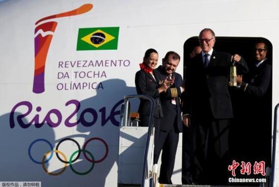 5月3日,里约奥运会圣火运抵巴西首都巴西利亚