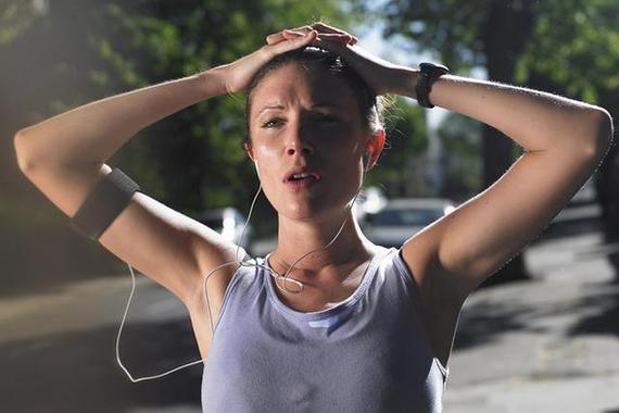 不该这么做:烈日下跑步1小时 女白领中暑险丧命