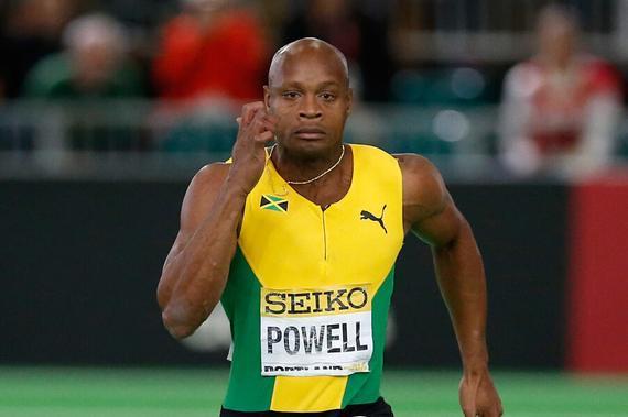 鲍威尔获得百米年终总冠军