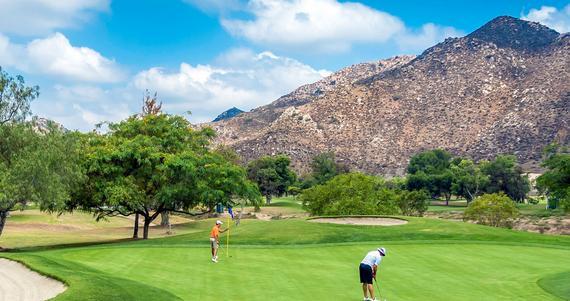 圣迭戈的西宽高尔夫网球度假村