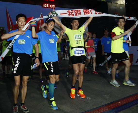 通过前几站的剧烈比赛,应战100一同跑上海站行将开跑。