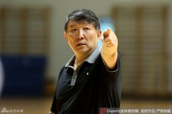 中国男篮主教练宫鲁鸣