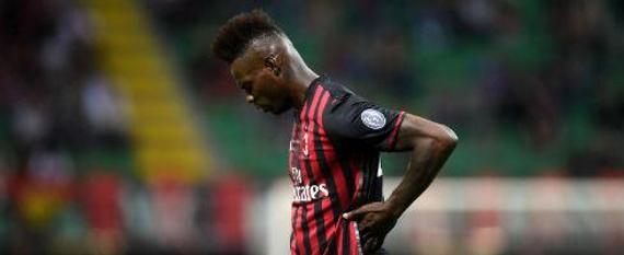 AC米兰宣布不与巴神续约 梅克斯&博阿滕亦离队