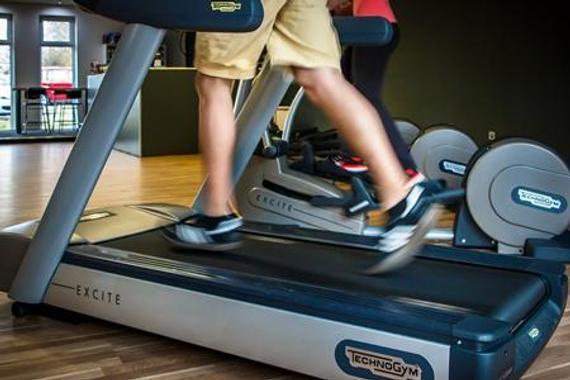 只有调剂跑姿,器重跑步办法,跑步就能减肥。