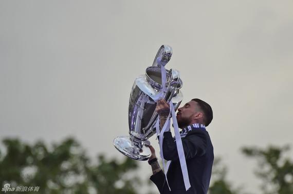 皇马赢得了俱乐部历史第11冠