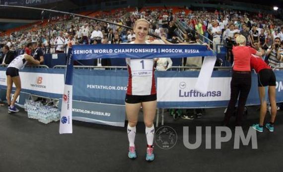 女子组冠军科瓦茨