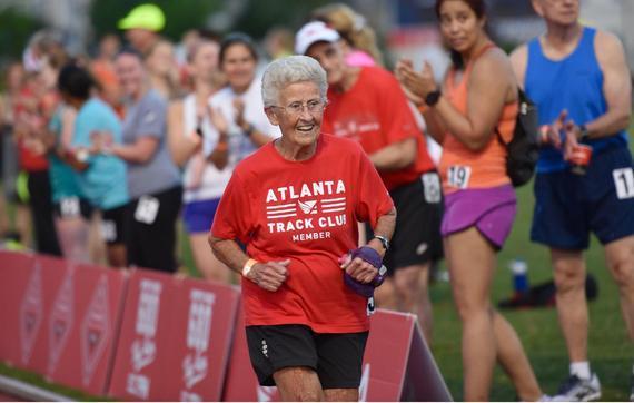 91岁老太打破800米世界纪录