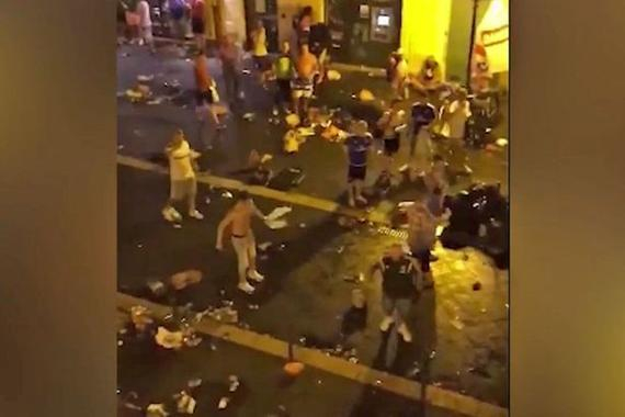 尼斯发生球迷冲突 场面一片混乱