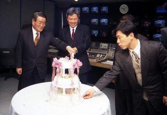 1995年韩国开设围棋TV台