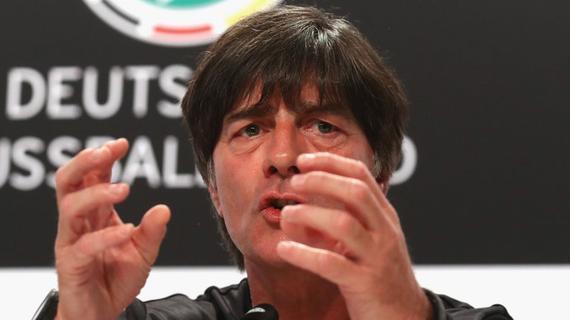 勒夫不满欧洲杯扩军