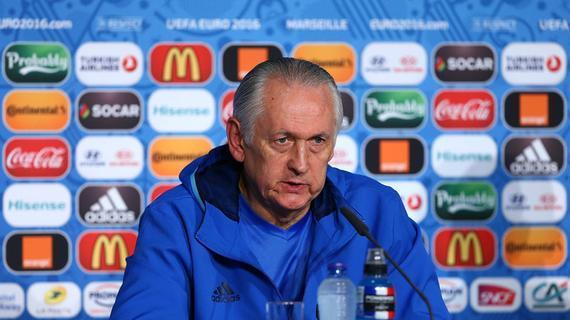 乌克兰队主帅福缅科宣布将在最后一场小组赛结束后辞职