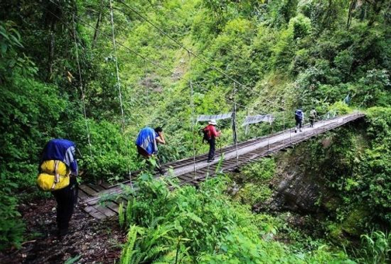 西藏派镇至墨脱步行旅行路线,因天然灾害临时封锁。