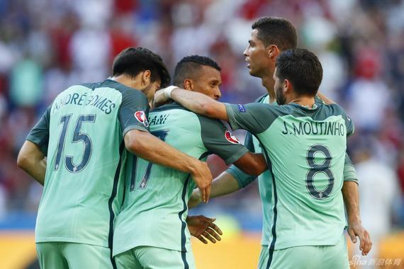 葡萄牙三连平闯入16强