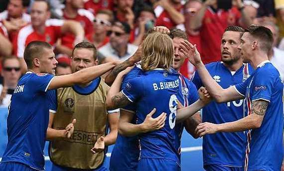 冰岛2-1夺小组第2出线