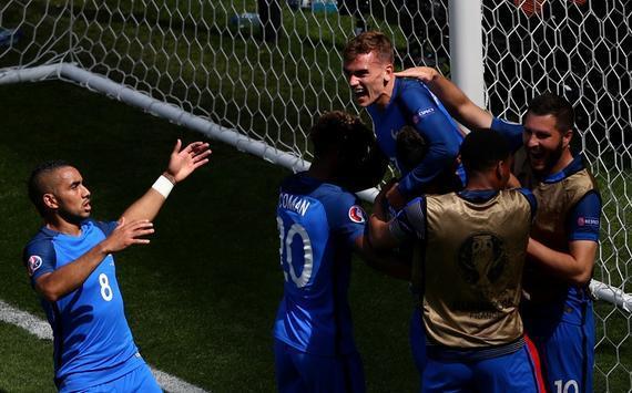 法国2-1逆转胜爱尔兰晋级