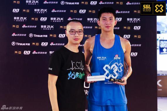 黄文威荣膺MVP