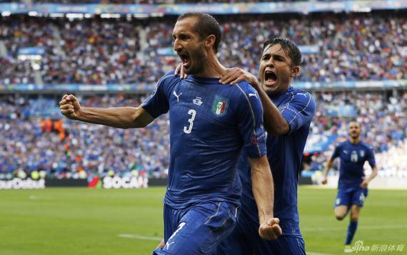 基耶利尼为意大利队首开纪录