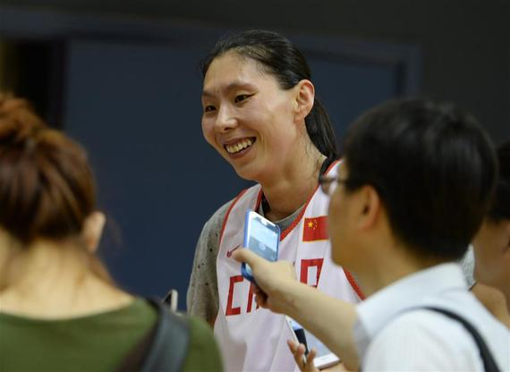 陈楠在训练结束后接受记者采访