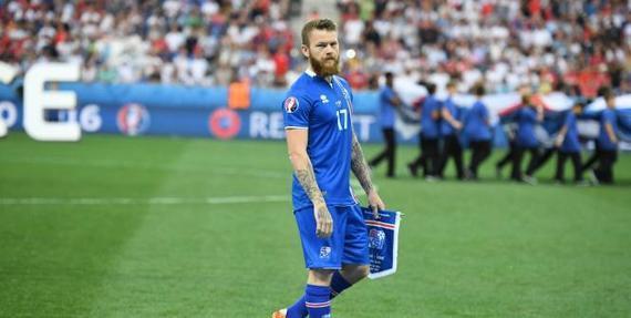 冰岛队队长贡纳尔松