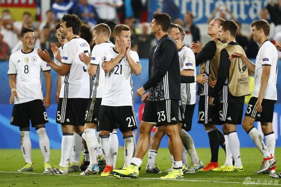 德国队晋级四强,德媒非常兴奋
