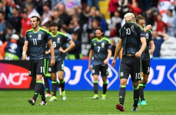 威尔士队的客场球衣不吉利?