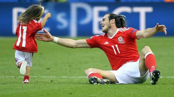 贝尔携女儿庆祝胜利遭到欧足联官员的批评
