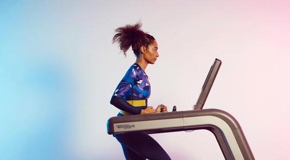教你用跑步机,练成翘臀女神!当前,健身都靠它了。